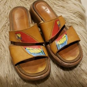 Awesome Dansko Parrot sandals 38